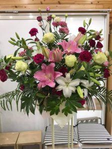 スタンド花と花束