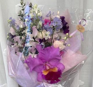 カトレアのアレンジメント&花束