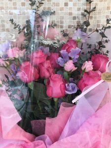 バラ10本入りの花束